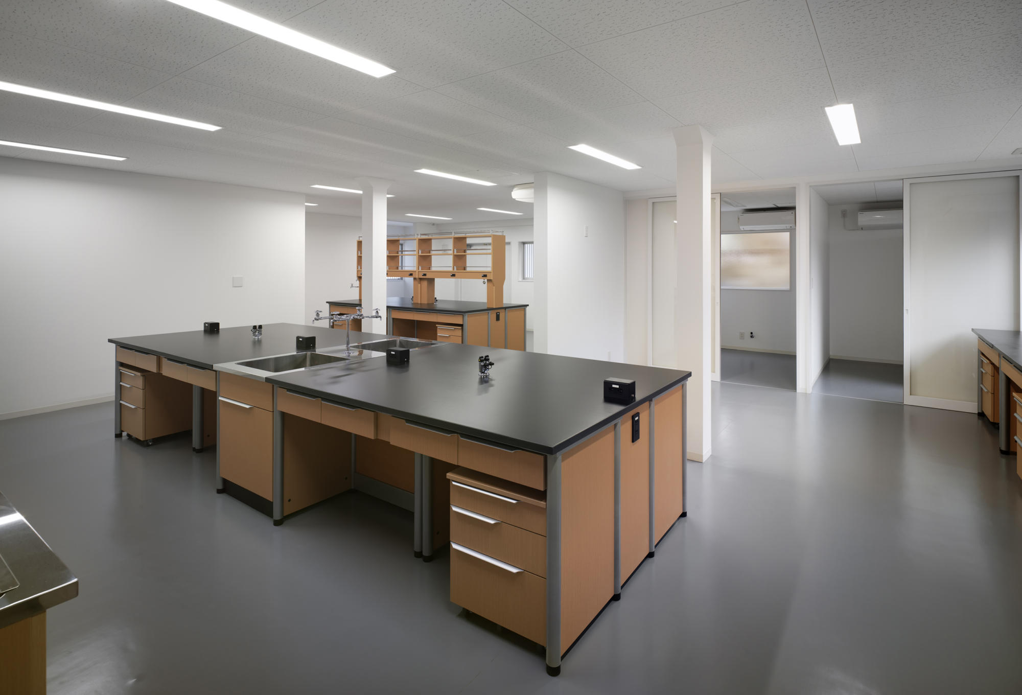 Nitto Pharma Landscaping project 2 - Laboratory | WORKS |