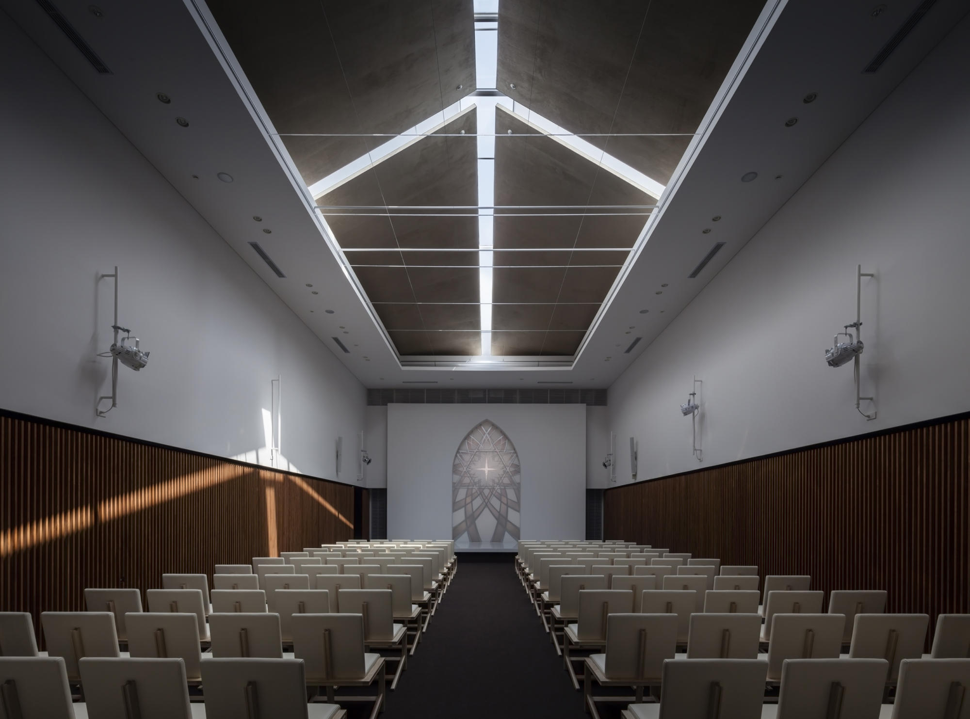 GLA Osaka Hall | WORKS |