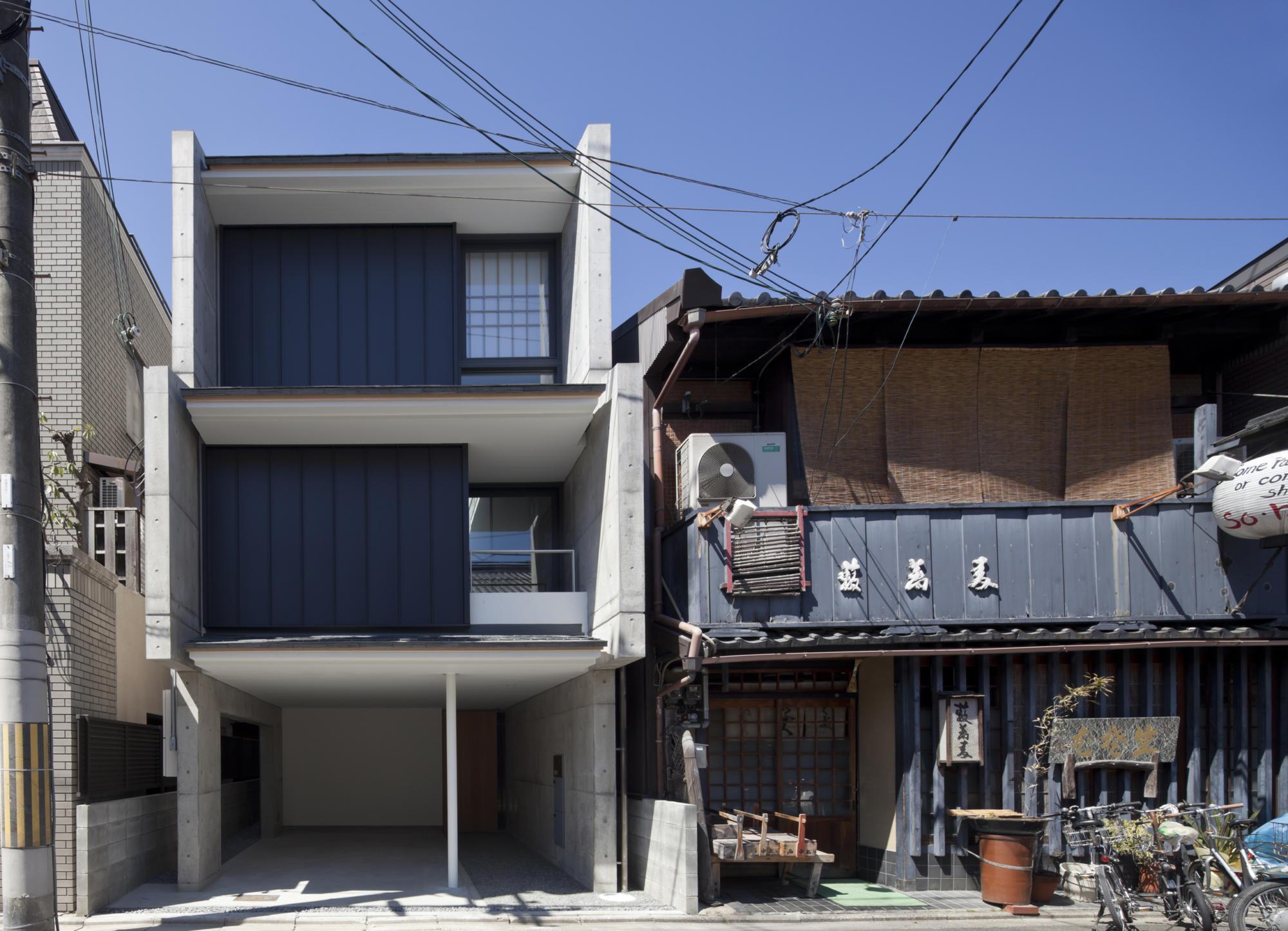 House near Kyoto Gosho | WORKS |