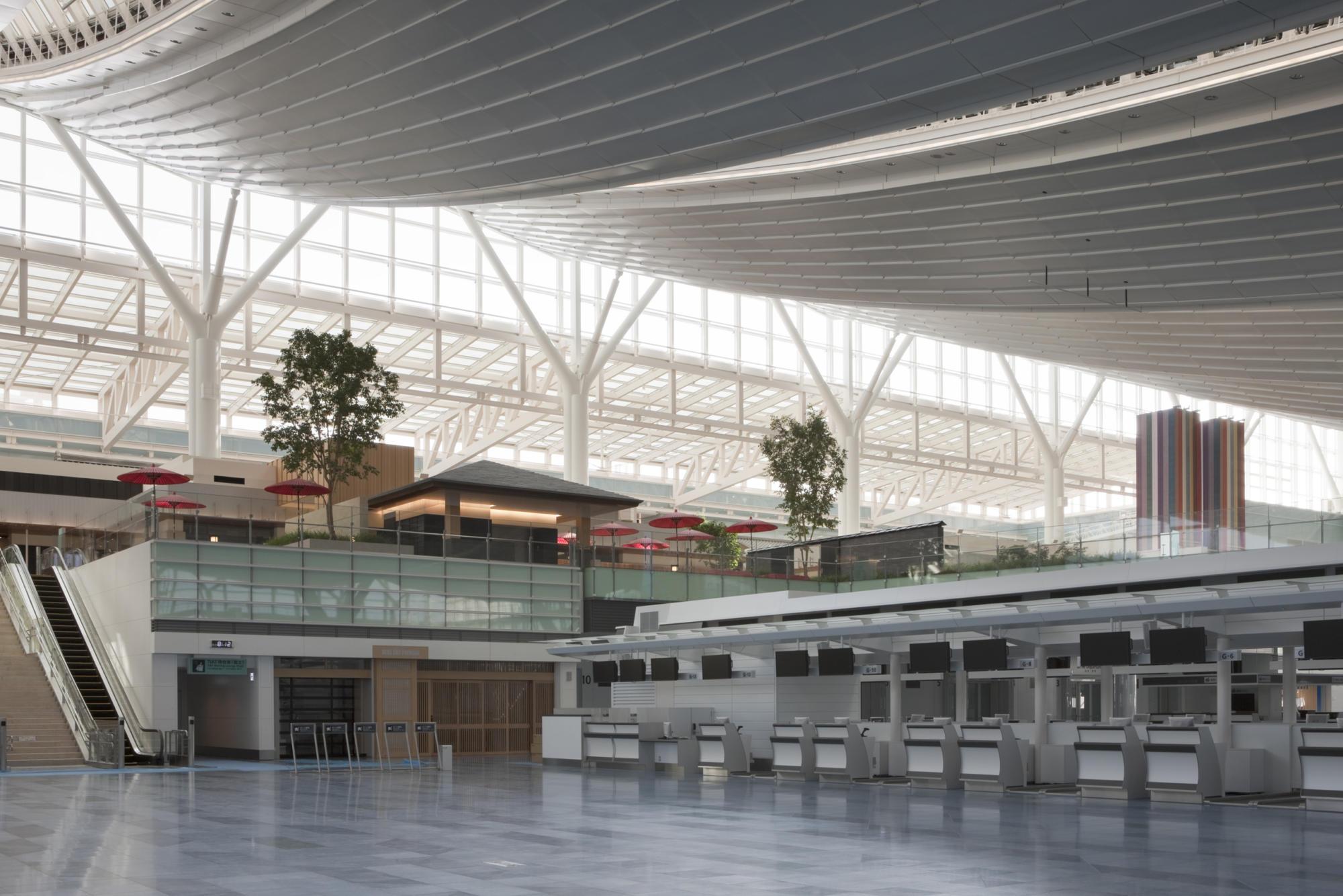 東京国際空港ターミナル商業ゾーン | WORKS |