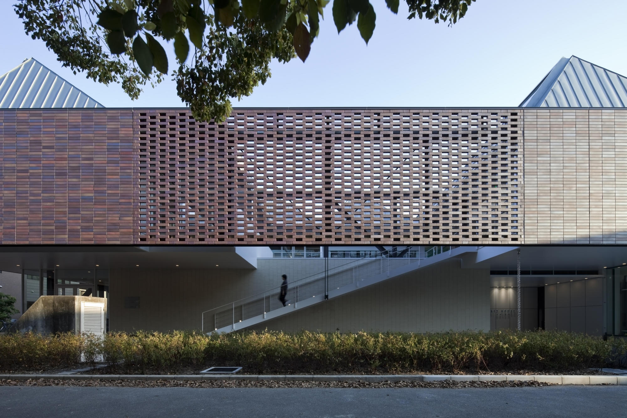 KIT HOUSE Student Union Building, Kyoto Institute of Technology | WORKS |