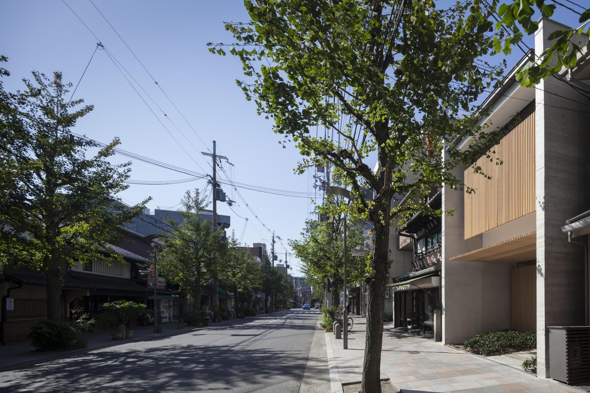 Hakuhodo | WORKS |