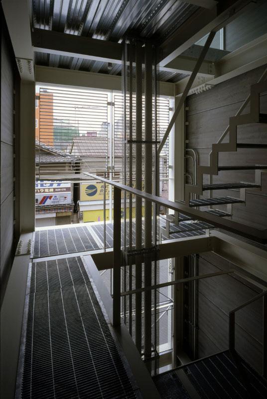 House in Nipponbashi   WORKS  