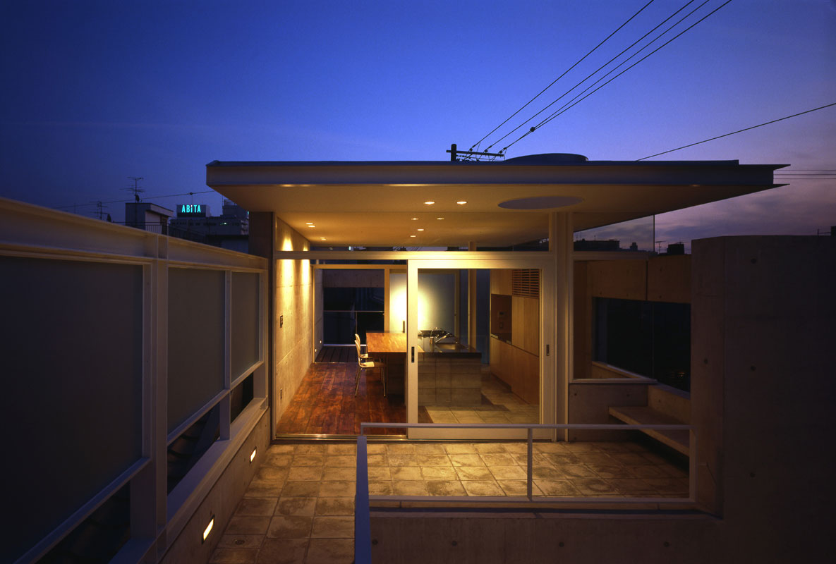 House in Nakagyo | WORKS |