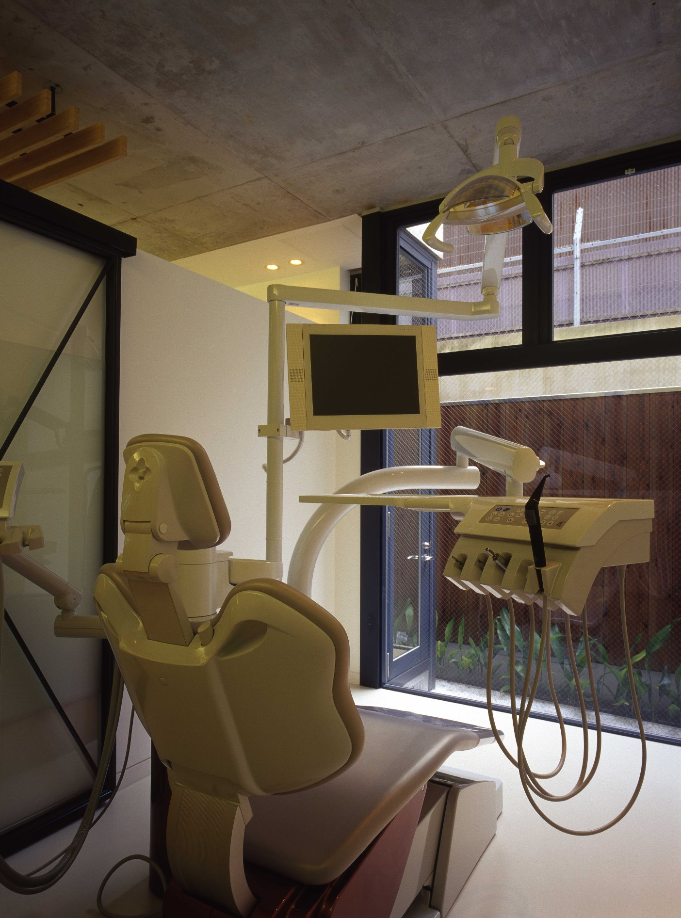 Nakai Dental Clinic | WORKS |