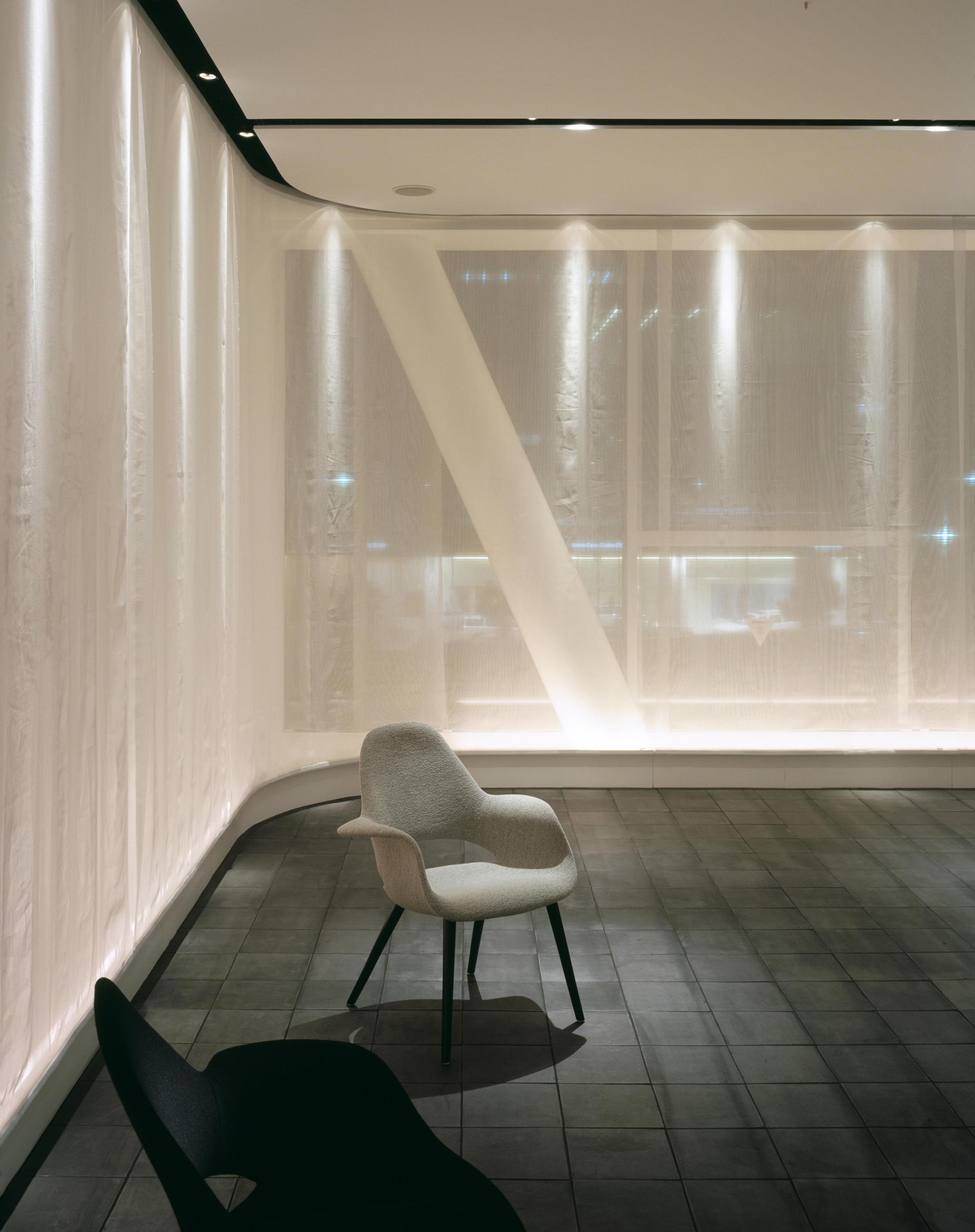 インターオフィス大阪支店 / ショールーム | WORKS |