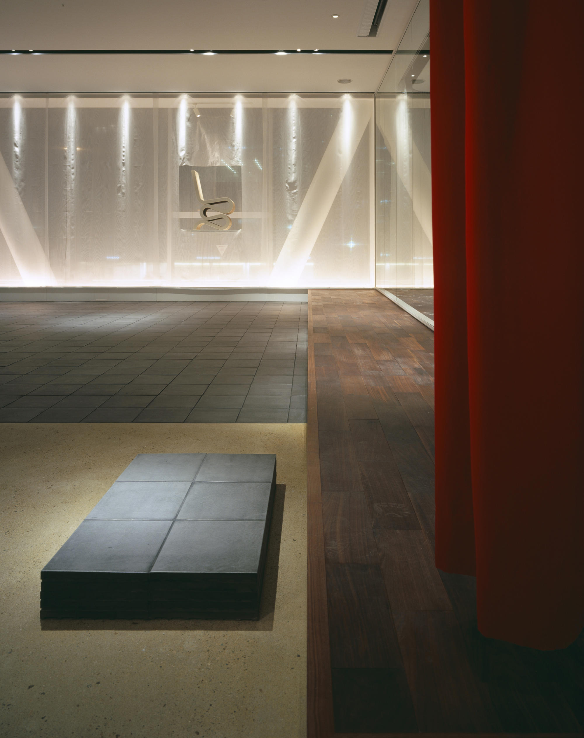 inter office ltd, Osaka Branch/Showroom | WORKS |