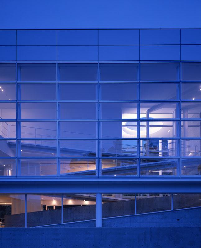 山口大学医学部創立50周年記念会館 | WORKS |