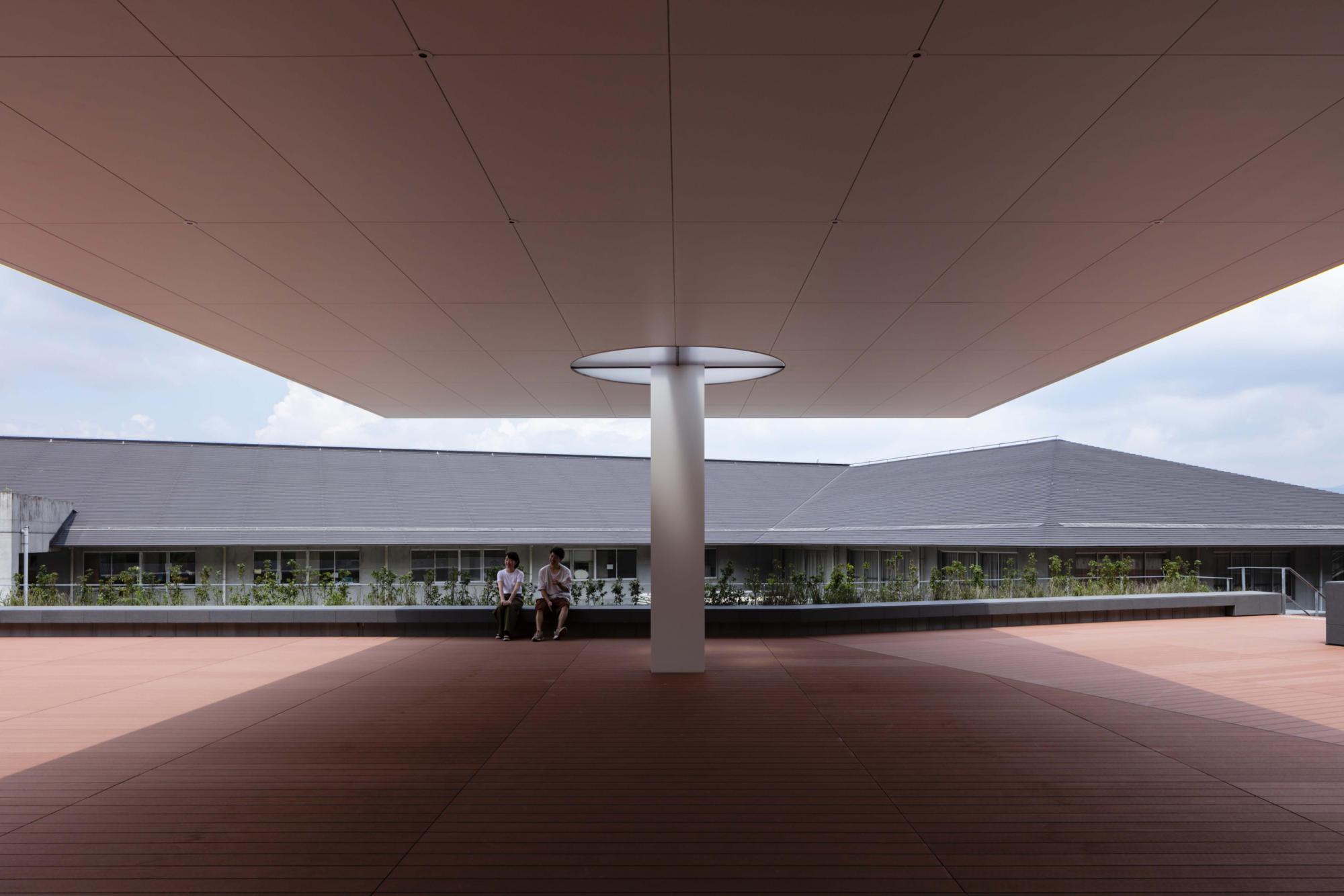 京都造形芸術大学 望天館 | WORKS |