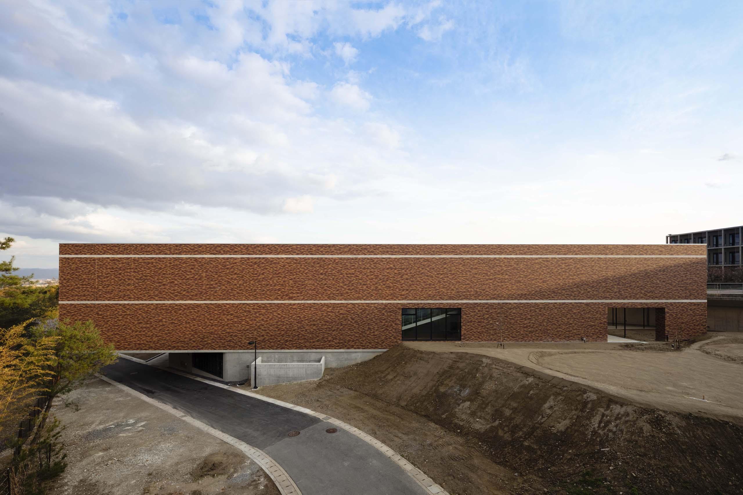 京都大学桂図書館 | WORKS |